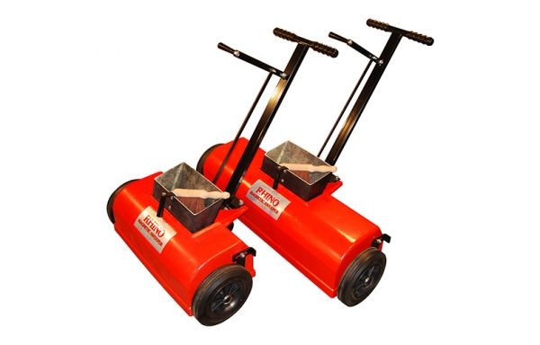 Industrial magnetic sweepers for shot blasting